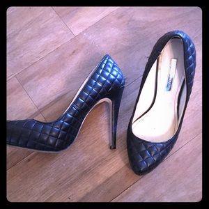 Stiletto heel pumps